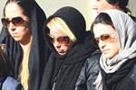 Ayça Tekindor annesini toprağa verdi!...
