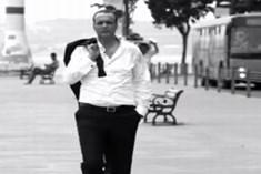 Ahmet Argen - Yaşım Kadar Yalnızım