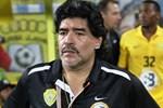 Efsane Maradona sahalara dönüyor!