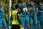Dortmund öldü öldü dirildi