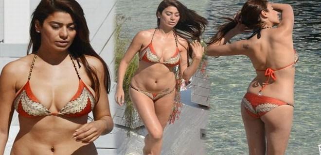 Ebru'nun bikini şovu sürüyor