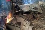 Vietnam'da askeri helikopter düştü!