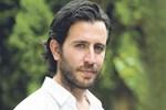 Yakışıklı oyuncudan 'Poyraz Karayel' sürprizi!