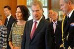 Finlandiya Cumhurbaşkanı tarifeli uçakla gitti