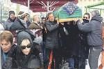 Fikret Şeneş'in cenazesinde Ajda Pekkan'a tepki!