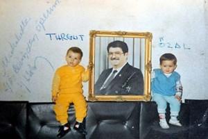 Turgut ile Özal 30 yaşına girdi