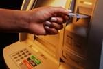 ATM'lerdeki sinsi papağana dikkat!..