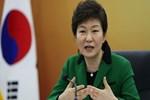Güney Kore lideri rüşvetle savaşıyor!