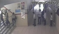 Kadın veli kadın öğretmeni dövdü!