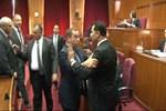KKTC'de meclis karıştı!