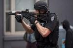 Amerikan polisi dehşet saçıyor!..