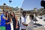 Tunus'ta 'vicdansız' selfie kuyruğu!