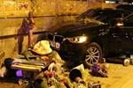 Çiçekçi lüks otomobilin altında can verdi!