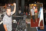 DJ Ozan, sevgilisi Gülşen'i oynattı
