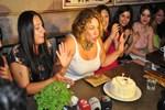Yeşim Ceren Bozoğlu yeni yaşını kutladı