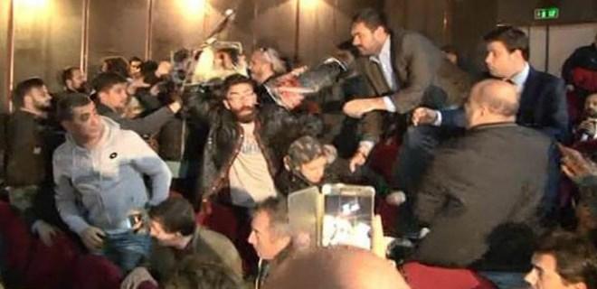 Kılıçdaroğlu'nun katıldığı sempozyumda Ankara protestosu