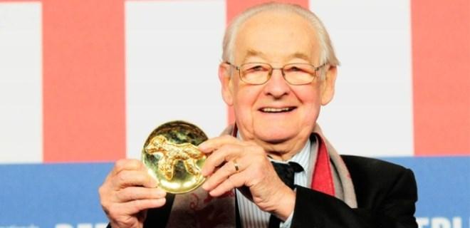 Oscar ödüllü ünlü yönetmen Andrzej Wajda öldü