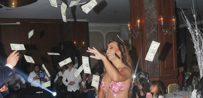 Asena'ya dolar yağdı