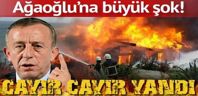 Ali Ağaoğlu ve kardeşinin villası küle döndü