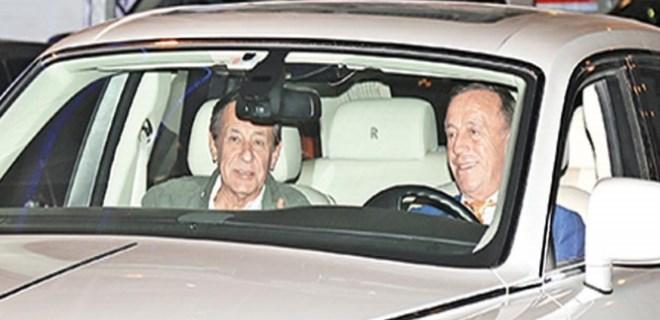 Ali Ağaoğlu bu kez şoför koltuğunda