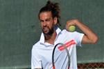 Suriyeli tenisçinin azmi