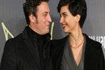 Tuba Büyüküstün - Onur Saylak evliliği kurtulacak mı?