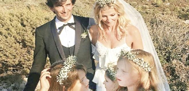 Başkanın oğlu, Çek modelle evlendi