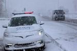 Bolu Dağı'nda kar yağışı ulaşımı olumsuz etkiliyor