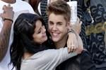 Justin Bieber ile Selena Gomez'in büyük rekabeti!