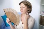 Sigara kullananlarda 'erken menopoz' riski!