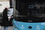 Ünlü yönetmenin tercihi halk otobüsü