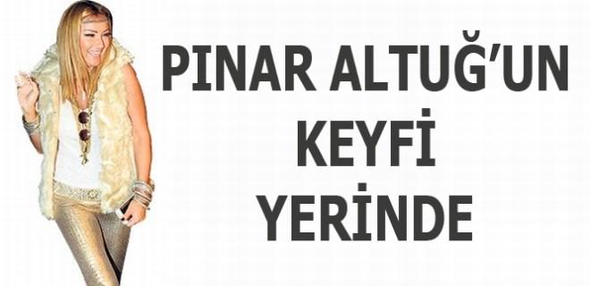Pınar Altuğ, 70'lerden fırladı!