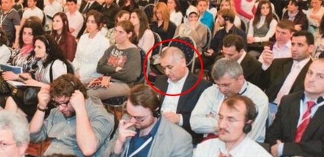 Adil Öksüz 'o konferansa' katılmış!