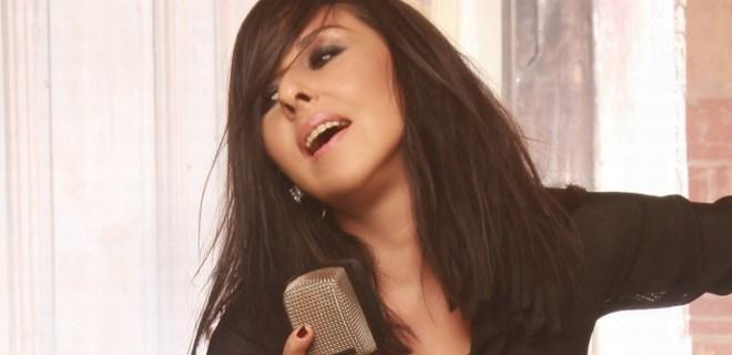 Nilüfer'den 12 şarkılık albüm geliyor