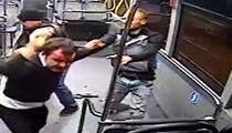 Özel halk otobüsünde dehşet anları!
