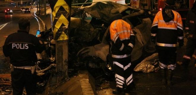 Avcılar'da feci trafik kazası!