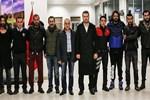'Diriliş Ertuğrul' ekibinden polise destek