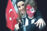 Esra Erol, Beşiktaş-Kayseri maçını tribünden izledi