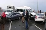 Rize'de 15 araç birbirine girdi!