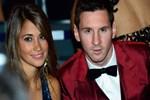 Messi 2 çocuktan sonra evleniyor!