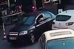 Beşiktaş'taki patlamayı yapan hainler trafikte!