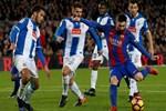 Lionel Messi, Espanyol maçında rakiplerini ipe dizdi!