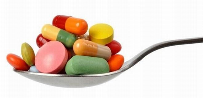 Çocuğuna antibiyotik yerine böcek ilacı içirdi!