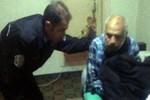 Evinde çaresiz kalan hastaya polisten yardım