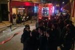 Kadıköy'de erkek öğrenci yurdunda yangın!