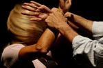 Karısını ölümle tehdit eden kocanın aldığı ceza!