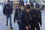 Kuşadası'nda 2'si kadın 6 YPG'li terörist yakalandı!