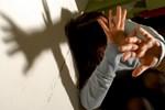 'Karısına tecavüz'den yargılandı