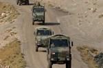 Askeri aracın geçişi sırasında patlama!..