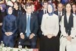 Davutoğlu'ndan iki sembol kadın